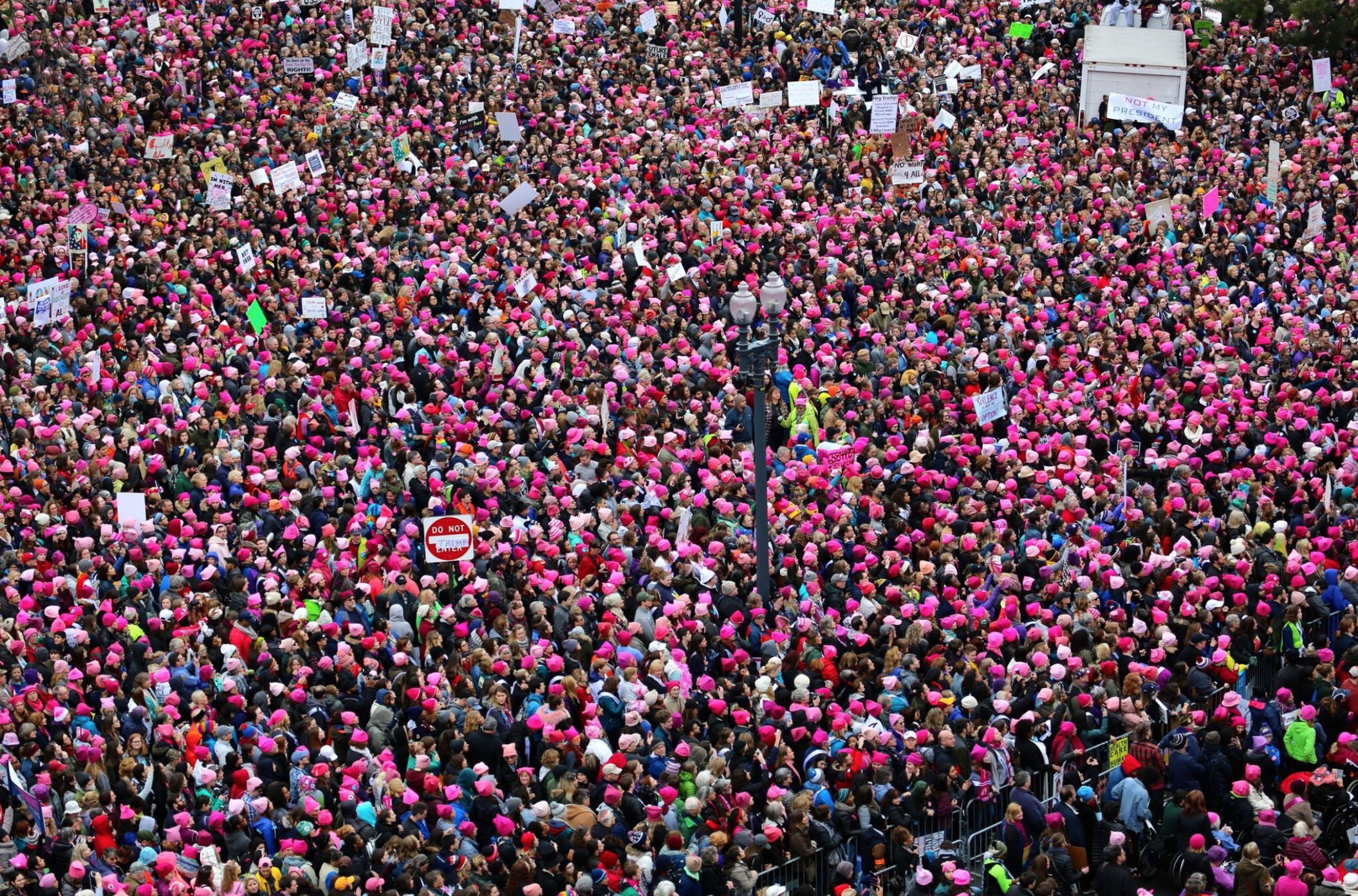 Womens march pink-2698